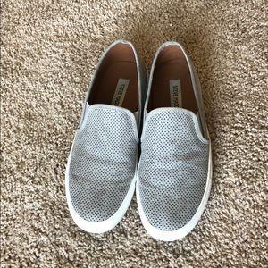 Steve Madden gray loafers